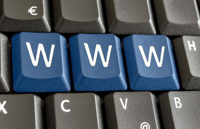 How To Select The Right Domain Name ?